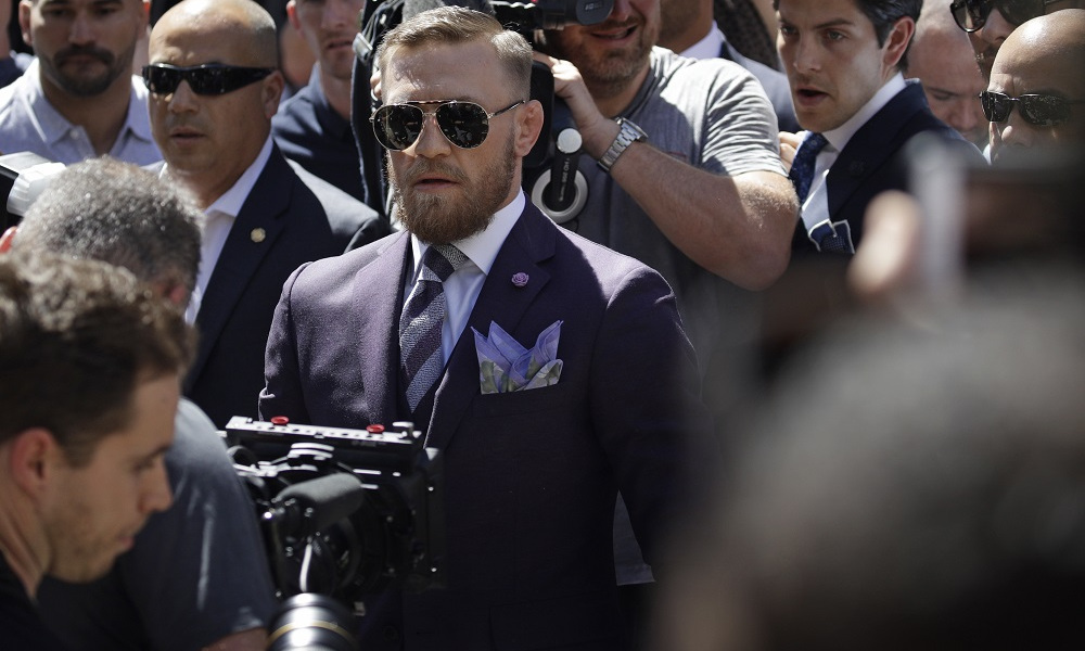 conor-mcgregor-grand-entrance