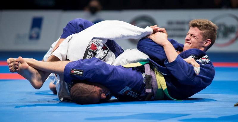 10-dieu-can-chu-y-khi-dau-brazilian-jiu-jitsu-theo-luat-ibjjf