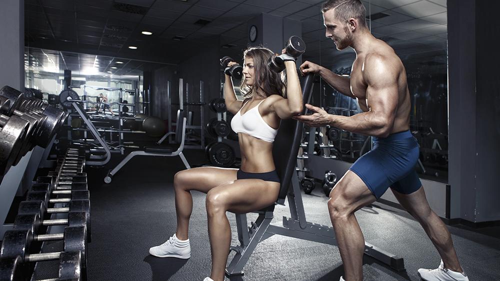 gym-man-woman-workout-fitness