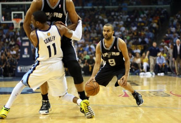 tim-duncan-mike-conley-tony-parker-nba-playoffs-san-antonio-spurs-memphis-grizzlies-590x900