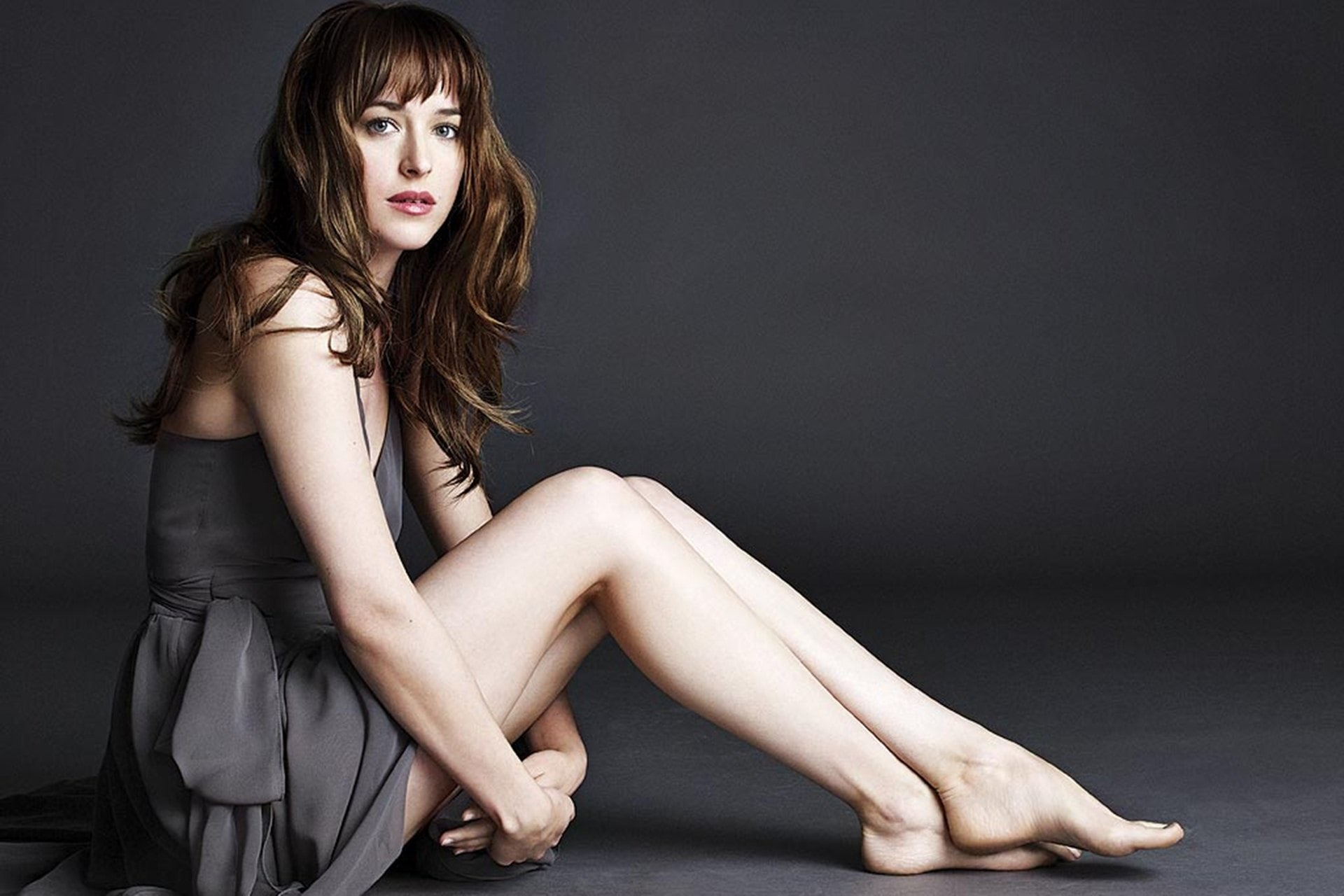 8_Dakota-Johnson