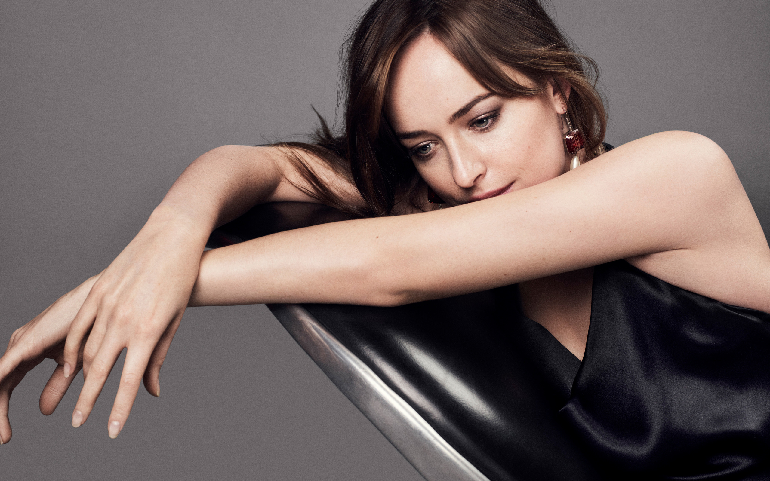 dakota-johnson-fifty-shades-darker-photoshoot-wide-2560x1600