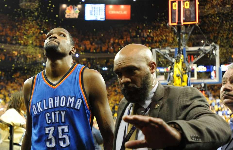 Kevin Durant Muốn Được Nói Chuyện Trở Lại Với Westbrook - Bóng Rổ 24h. Tin  Tức Bóng Rổ