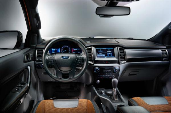 Ford-Ranger-Interior_O