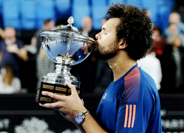 images705260_Tin-tennis-online---Jo-Wilf