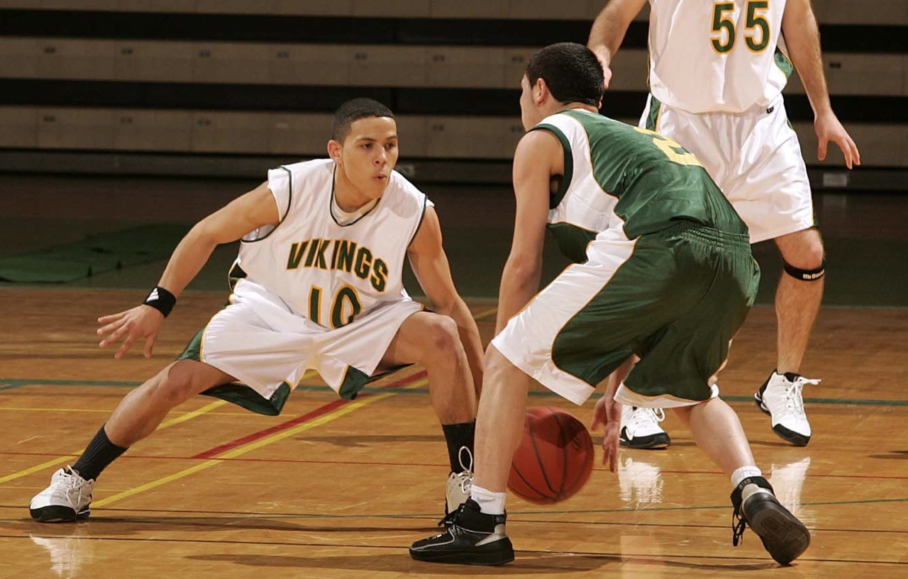 Basketball-Defense-Stance