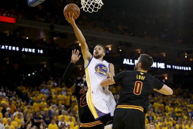 NBA-Final-2017-G2-08