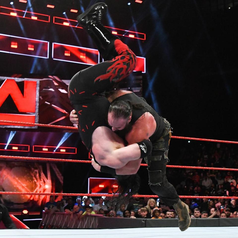 WWE-06