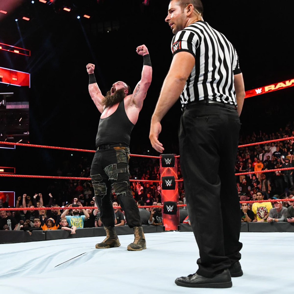WWE-09