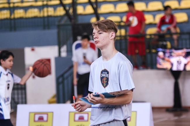 Jr-NBA-13