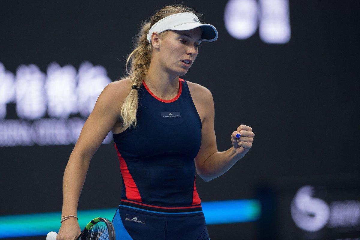 Caroline-Wozniacki-01