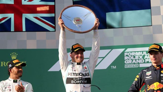 Lewis-Hamilton-01