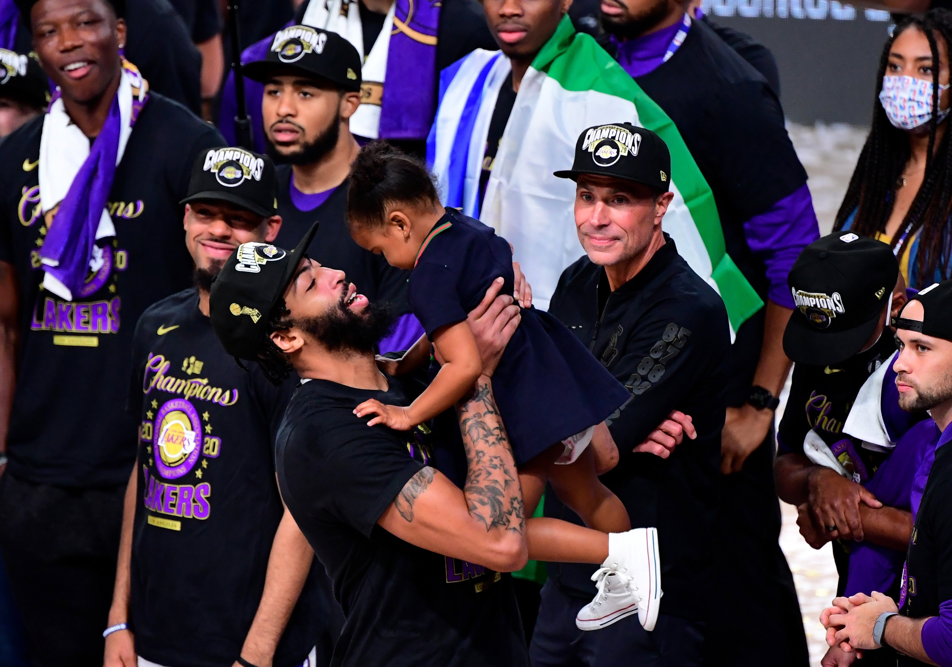 lakers-nba-champions-7
