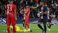 Highlights: PSG 3-0 Nimes (Ligue 1)