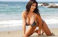 'Đôi bồng đảo' quyến rũ của nàng Denise Milani
