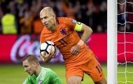Robben chia tay ĐTQG: Ma thuật của kèo trái cũng không vớt nổi con tàu đắm