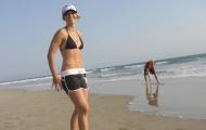 Gretchen Bleiler khoe thân hình siêu chuẩn giữa biển cả