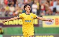 Thắng cách biệt 2-0, FLC Thanh Hóa đặt một chân vào Bán kết