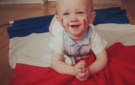 World Cup và trẻ thơ: Khi giấc mơ song hành cùng nước mắt