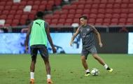 Ozil quẩy nhiệt tình trên sân tập, PSG bắt đầu run sợ?