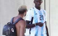 Paul Pogba gây ngạc nhiên khi mặc áo Argentina của Dybala