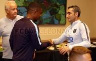 Malcom thẹn thùng trong lần đầu gặp gỡ HLV Valverde