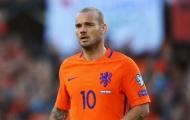 Sao Hà Lan nhận món quà ĐẶC BIỆT trong trận đấu với Peru