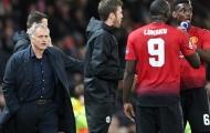 'Vài cầu thủ chỉ muốn Man Utd thua để Mourinho bị sa thải'