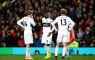 Fulham nguy cơ rớt hạng, Ranieri vẫn cho cầu thủ nghỉ xả hơi