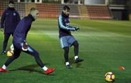 Không lơ là vì phong độ cao, dàn sao Barca vẫn chăm chỉ luyện tập
