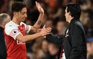 Vụ Mesut Ozil, huyền thoại Liverpool lên tiếng 'bênh' Emery
