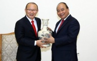 Thủ tướng Nguyễn Xuân Phúc: 'Tạo mọi điều kiện để HLV Park Hang-seo hoàn thành trọng trách'