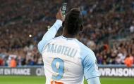 Balotelli ăn mừng 'cực chất', Lukaku đáp trả bất ngờ