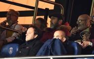 Sốc! Man Utd chiến thắng, Cantona vẫn muốn 'choảng'... bố Neymar