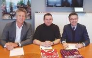 Barca đang mở rộng quan hệ đối tác với Ajax