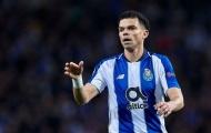 Thua 'sấp mặt', Pepe vẫn không tâm phục Liverpool