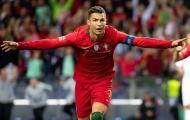 Fan Ronaldo 'gây war' cực nhiệt với fan Messi trong ngày CR7 lập siêu phẩm