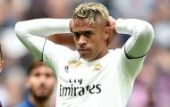 Không 'mặc vừa' chiếc áo Ronaldo để lại, người thừa tại Real được một CLB 'cứu rỗi'