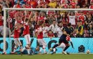 Real Madrid vượt qua Arsenal trong trận cầu có tới 2 tấm thẻ đỏ