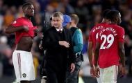 Man Utd 'cố đấm ăn xôi', giữ Pogba và 'tiễn' Mourinho thế nào?