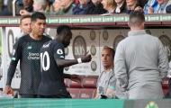 Mane gây lộn Salah, Firmino làm điều khó ngờ trong đường hầm