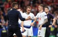 Sau tất cả, 'Beckham vùng Bury' đã tiết lộ lý rời Tottenham