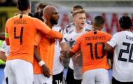 Nóng giận, cựu sao Man Utd lao vào ăn thua với cầu thủ tuyển Đức