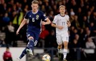 Fan nổi điên: 'Sao cậu ấy chơi cho Man Utd được vậy?'