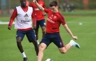 Chưa đá phút nào, tân binh Arsenal làm bẽ mặt 'kẻ thất sủng' trước cả đội