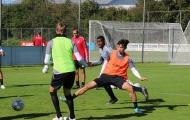 HLV SC Heerenveen: 'Văn Hậu phải tranh đấu để giành vị trí'