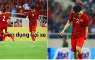 Cả đội ăn mừng Quang Hải ghi bàn, Tuấn Anh đau đớn lủi thủi 1 mình