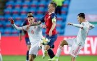 Mất điểm phút cuối, Tây Ban Nha lỡ cơ hội đoạt vé sớm