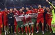 Ủng hộ Bale, tuyển Wales 'cà khịa' cực mạnh Real Madrid