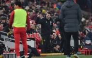 Vì sao Carrick nổi điên ở trận Liverpool?